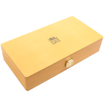 calligraphy-wooden-box-winsor-&-newton-0